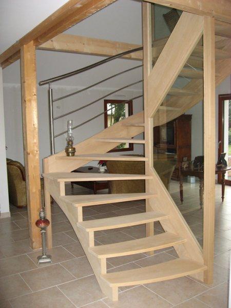 escalier bois/verre/métal